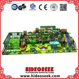 De grote Apparatuur van de Speelplaats van Kinderen Commerciële Binnen met het Gebied van de Voetbal