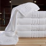 Il tovagliolo di bagno dell'hotel, l'alto disegno di GSM 32s Jacqurad, pianura ha tinto il tovagliolo di bagno dell'hotel di 70X140 il cm 600g