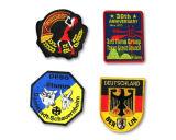 Emblemas Bordados con Frontera Merrowed