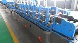 Ce&ISO inteiramente automático Certificated o rolo soldado aço da tubulação que dá forma à máquina