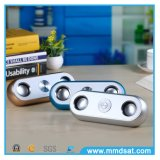 O mini baixo o mais atrasado com o altofalante sem fio de Bluetooth do plugue do USB