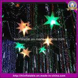 装飾のための膨脹可能な空気星をハングさせる段階