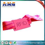 Wristband del silicone di 13.56MHz RFID MIFARE per i raggruppamenti Waterparts ed il partito
