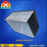 突き出されたアルミニウムプロフィール脱熱器は銅の管のヒートパイプ脱熱器を追加できる