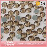 Branelli di cristallo superiori di Mc Strass nel colore chiaro