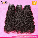 安い卸し売りに自然な水波100%人間に加工されていない中国のバージンの毛の編むこと