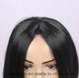 형식 자연적인 흑발 여성은 강타 합성 물질 가발을 등분한다