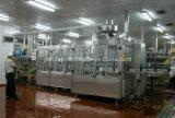 La boisson rotatoire automatique de l'eau de seltz boit la machine de remplissage de jus