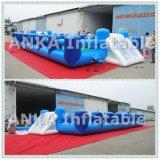 Infláveis azuis limpam para fora jogos do esporte de Obstalce