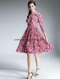 Les dames de fleur d'impression de mode rectifient les vêtements moyens de femmes de longueur