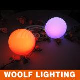 Luz impermeable de la bola del plástico LED para la decoración de interior y al aire libre