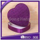 Taille différente en forme de coeur boîte cadeau rigide avec ruban