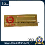 Oro lucido del distintivo di nome di marchio del cliente