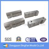 Piezas de maquinaria del CNC de la alta calidad del OEM para el molde del conector