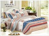 100%年のMicrofiberは柔らかく、居心地のよい接触平らなシートとセットされた完全な寝具シートを印刷した