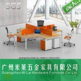 Spätester Entwurfs-Kreuz-Konstruktionsbüro-Arbeitsplatz-Schreibtisch mit patentiertem Rahmen