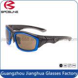 Las gafas de sol azules cuadradas rígidas por encargo irrompibles del marco poseen la pesca del montar a caballo de la marca de fábrica que compite con los vidrios de las actividades al aire libre