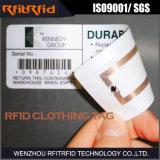 Escritura de la etiqueta pasiva del rango largo RFID de la frecuencia ultraelevada para la ropa
