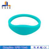 Подгонянный Wristband силикона RFID для патруля воды