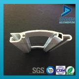 77mm 55mm Largeur Roller Obturateur Fenêtre de porte avec trou de poinçonnage Aluminium Profil