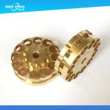 DIYのオートバイのアクセサリのために機械で造る専門の精密黄銅