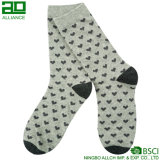 Ningbo связал изготовленный на заказ носки платья людей