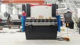 Máquina do freio da imprensa hidráulica do CNC para o processamento do metal de folha
