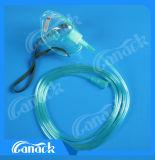 Maschera di ossigeno medica animale con il tubo