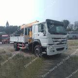 Sinotruk HOWO 4X2のトラックによって取付けられるクレーン