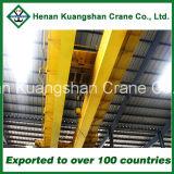 Una gru a ponte su rotaie da 20 tonnellate del workshop