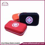 医学の個人的な緊急の屋外のキャンプの救急箱