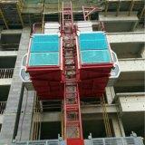 Gru verticale della costruzione della baracca del doppio del tetto