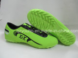 Sapatas por atacado do futebol dos homens de cores verdes