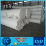 Le pointeau court de fibre de polyester a poinçonné le géotextile non tissé utilisé dans la construction de routes