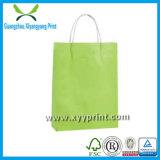 Haciendo venta al por mayor de papel kraft bolsa de regalo en China
