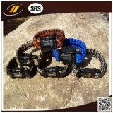 Highend de Plastic Armband van Paracord van de Gesp met Gegraveerd Embleem (hj-7014)
