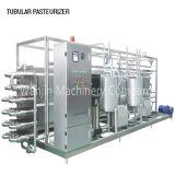 Pasteurizador/esterilizador automáticos llenos del zumo de naranja