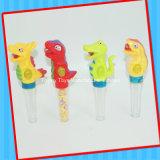Giocattolo animale del dinosauro divertente con la caramella