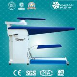 Tableau repassant de vide de vapeur de blanchisserie pour des vêtements lavant le système