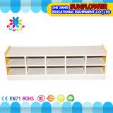 靴の棚、木の靴ラックの子供の幼稚園の家具は、蹄鉄を打つキャビネット(XYH12137-12)に