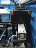 Рука бутылки опарника подавая автоматическая машина прессформы дуновения