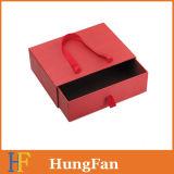 便利はリボンのハンドルが付いている包装の紙箱を取り除く