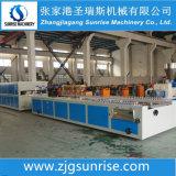 Chaîne de production en plastique de panneau de mur de profil de PVC
