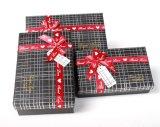 Geschenk-verpackender Papierkasten mit Farbband-Bogen
