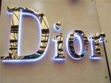빌딩 ID 뒤 Lit LED 반전 건설된 편지 광고