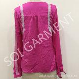 女性サテンの方法レース(BL-07)が付いている快適なワイシャツの袖のブラウス