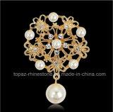 De Broche van de Parel van de Gesp van de Sjaal van de Broche van de Bloem van de parel voor Huwelijk (tb-027 bloemparel)