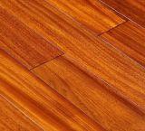 Bon plancher résistant en bois solide d'humidité