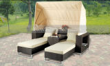 Mtc126屋外の庭のための日曜日Unbrellaの屋外の藤のソファーの寝台兼用の長椅子のラウンジ