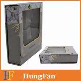 Rectángulo de regalo de papel con el encierro de la ventana y del imán del PVC